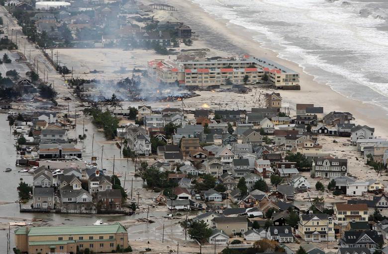 superstorm-sandy-disaster-response-1