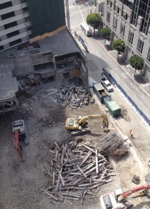 wilshire-grand-hotel-demolition-3