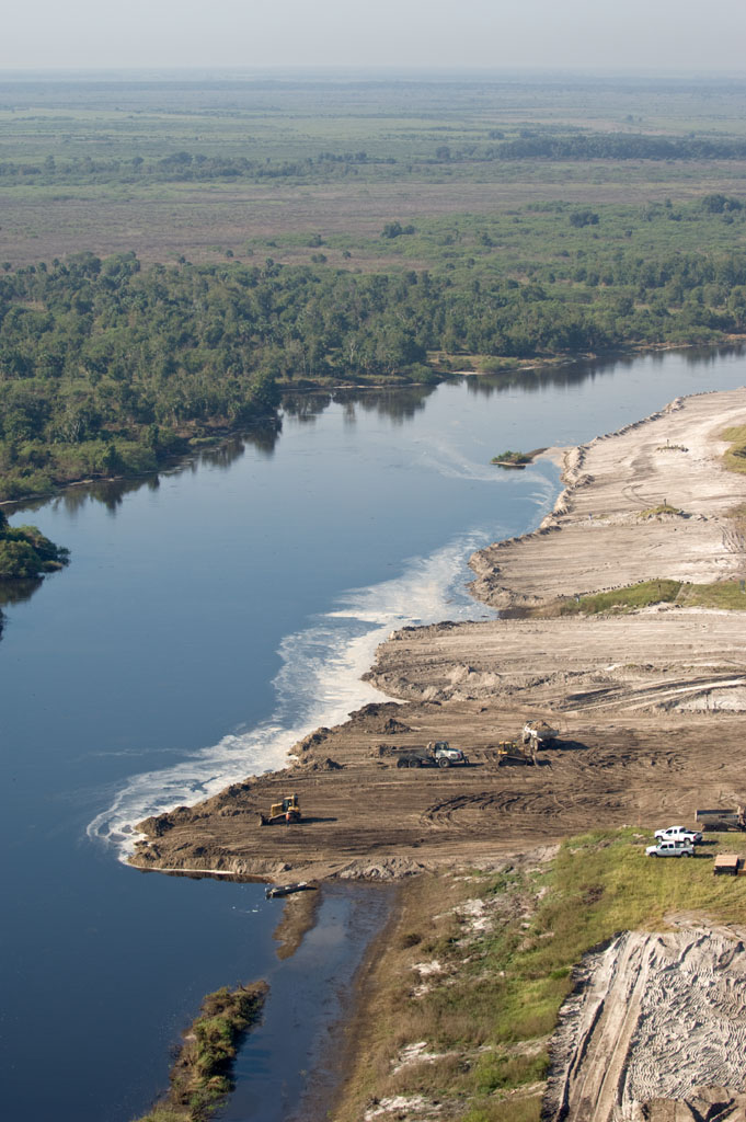 09/26/08 Kissimmee River Phase IVB backfilling 4b restoration